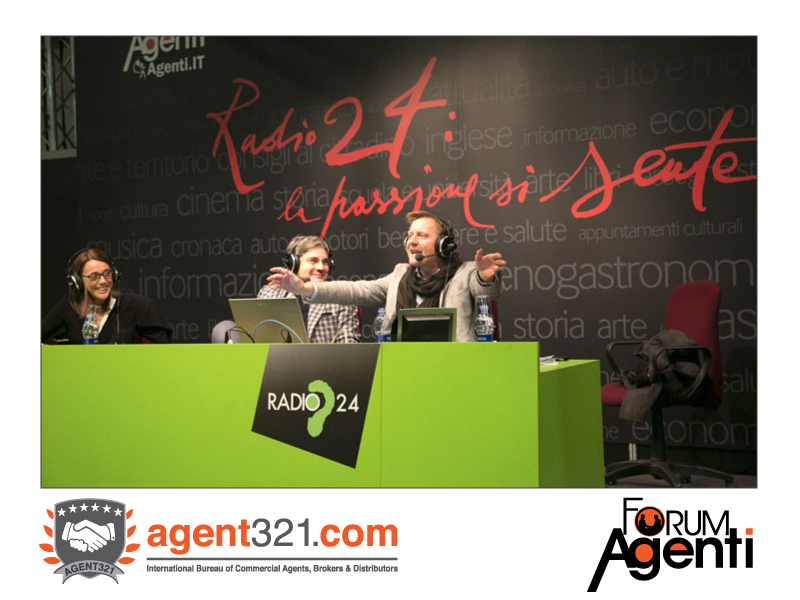 Radio24 live from Forum Agenti: the morning show